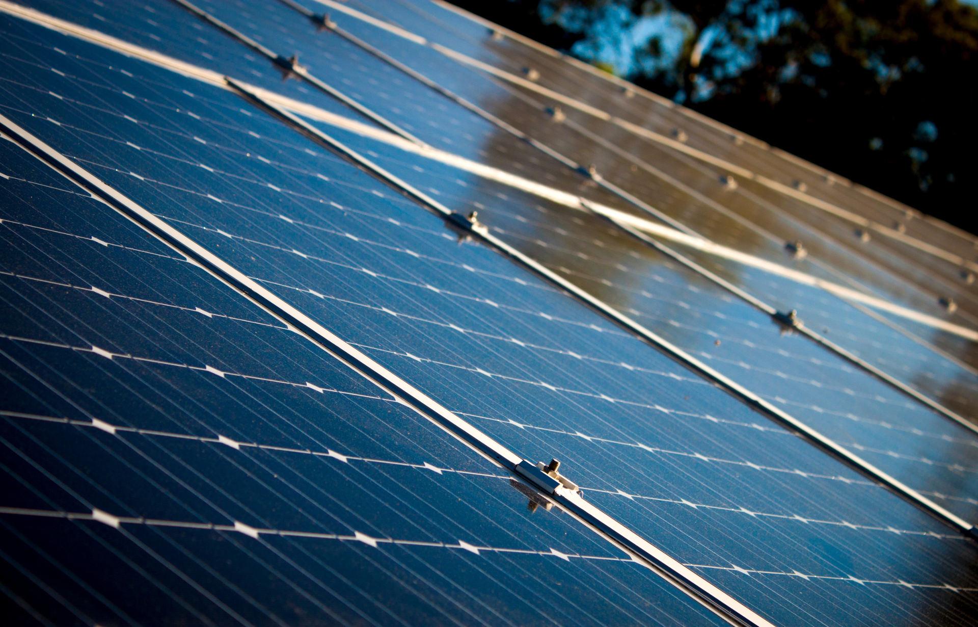 Aura Impianti - Elettrici Idraulici e Fotovoltaici a Rimini e provincia
